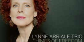Lynne Arriale Trio. Chimes of freedom