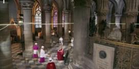 Eerste ceremonie in Notre-Dame sinds verwoestende brand