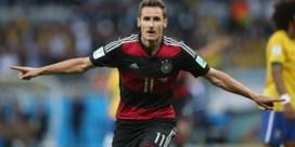 Miroslav Klose topkandidaat om assistent van Flick te worden bij Bayern