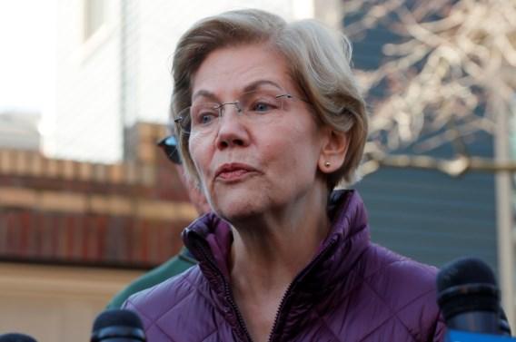 Warren schaart zich achter Biden