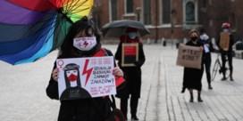 Zelfs tijdens de coronacrisis verhit abortus weer de Poolse gemoederen