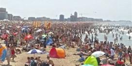 Kustburgemeesters denken nog wat langer na over de verdeling van het strand