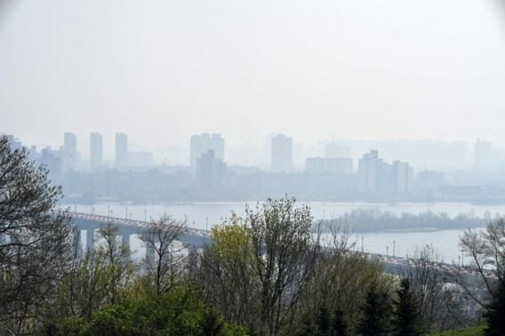 Kiev gehuld in rookwolken van bosbranden in Tsjernobyl