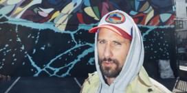 Matthias Schoenaerts werkt mee aan indrukwekkende graffitimuur in Antwerpen