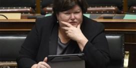 Italiaanse krant onder vuur na opmerking over Maggie De Block: 'Minister van 140 kg'