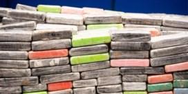 Antwerpse politie onderschept tonnen cocaïne en oorlogswapens in loods