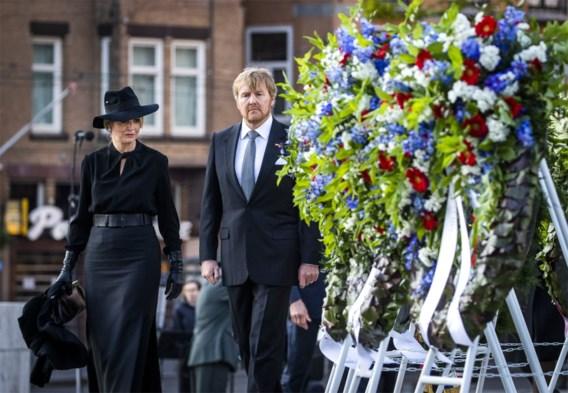 Koning Willem-Alexander herdenkt WOII met historische speech: 'Sobibor begon in het Vondelpark'