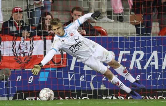 """Moeskroen-doelman Jean Butez: """"Er lopen informele gesprekken met Anderlecht"""""""