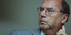 Topviroloog Peter Piot zelf getroffen door corona: 'Zonder vaccin zullen we nooit meer normaal kunnen leven'
