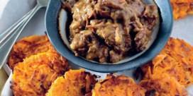 Stoofvlees met burgers van zoete aardappel