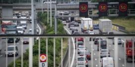 File op Antwerpse ring na ongeval net voorbij Kennedytunnel