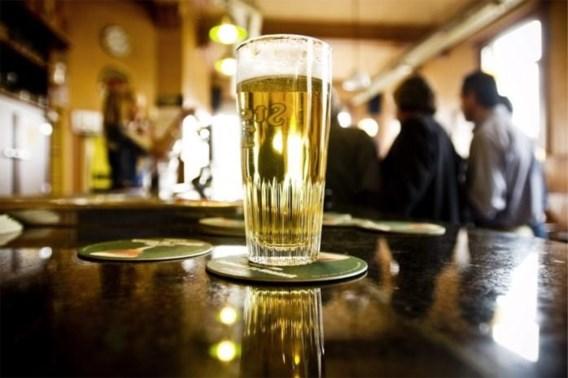 400 miljoen pintjes minder gedronken tijdens lockdown: verkoop stort ineen, zelfs in de supermarkten
