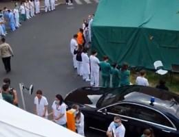 Waarom ziekenhuispersoneel Wilmès de rug toekeerde en er een stakingsaanzegging ingediend is