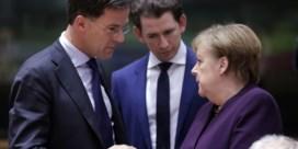 Bocht van Merkel brengt Kurz en co in lastige positie