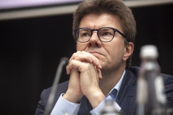 Brussels minister Gatz pleit na geweld tegen politie in Anderlecht voor nultolerantie