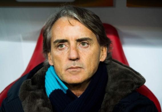"""Italiaanse bondscoach Roberto Mancini wil einde van Serie A: """"Het lijkt me anders nogal een chaos te worden"""""""