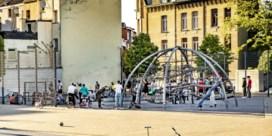 Jongeren willen kunnen rondhangen: 'Elke keer als ik buitenkom, zie ik flikken'