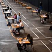 Examens gestart in Gent in beurshallen van Flanders Expo