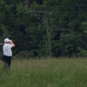 Trump gaat golfen, midden in epidemie