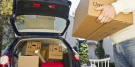 Kringwinkels overstelpt met goederen: 'Wacht nog even met spullen brengen als het kan'