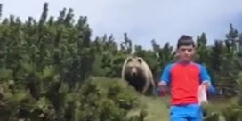 Twaalfjarige Italiaan laat zich niet opjagen door achtervolgende beer