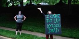 100.000 doden en Trump golft, schimpt, dreigt
