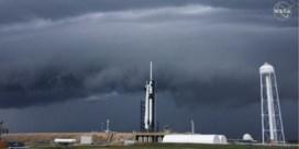 Slecht weer gooit roet in het eten: lancering eerste bemande commerciële ruimtevlucht uitgesteld