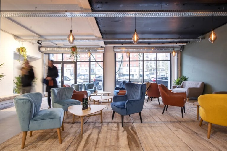 Brussels Victor Horta-gebouw wordt interieurwinkel met koffiebar