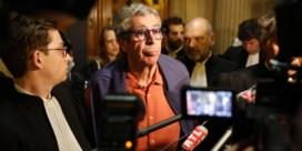 Oud-burgemeester Patrick Balkany, als Dagobert Duck in Frankrijk