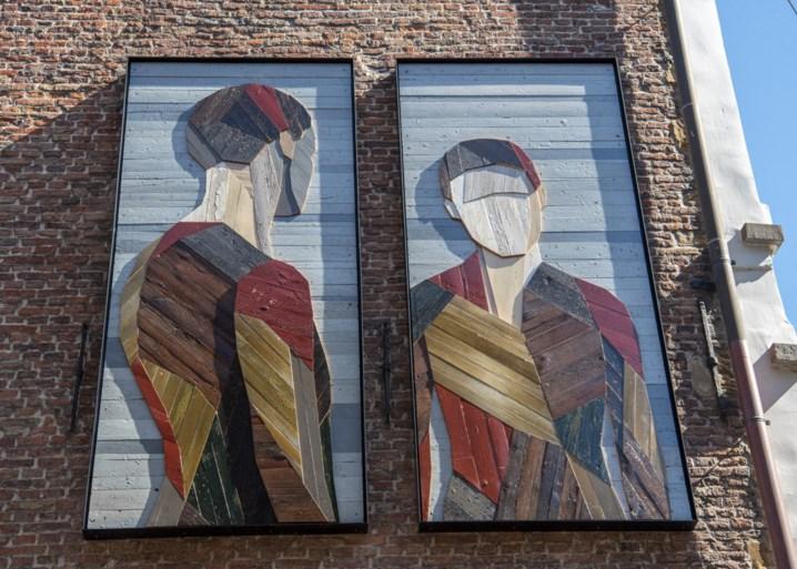 Houten installatie in Gent als hommage aan Jan van Eyck