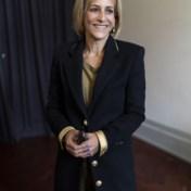 BBC 'straft' leading lady Emily Maitlis voor haar kritiek op Cummings