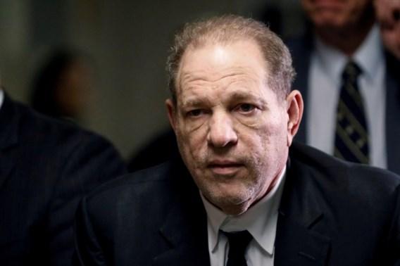 Vier nieuwe aanklachten tegen Weinstein