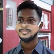 Dit mondmasker maakt het makkelijk om iemand te herkennen