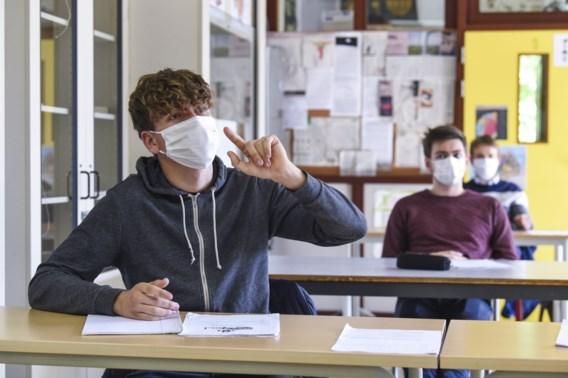 Christelijke onderwijsbond eist dat mondmaskers in secundair verplicht blijven