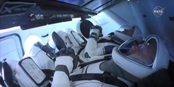 Astronauten Crew Dragon zijn ISS binnengegaan