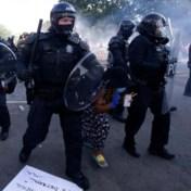 'Door hun militaire uitrusting voelen agenten zich als krijgers'