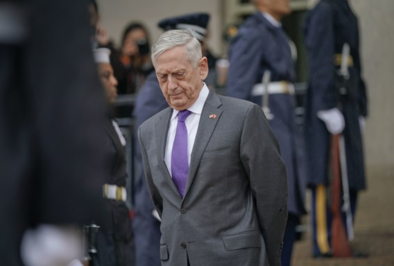 Oud-minister Defensie haalt uit naar Trump