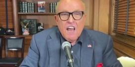 Tv-presentator tegen ziedende Rudy Giuliani: 'Je blaft in het rond als een gek'