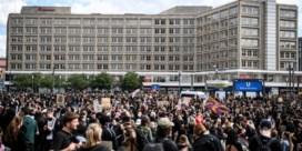 LIVEBLOG. Tienduizenden betogers in Duitsland protesteren tegen dood George Floyd