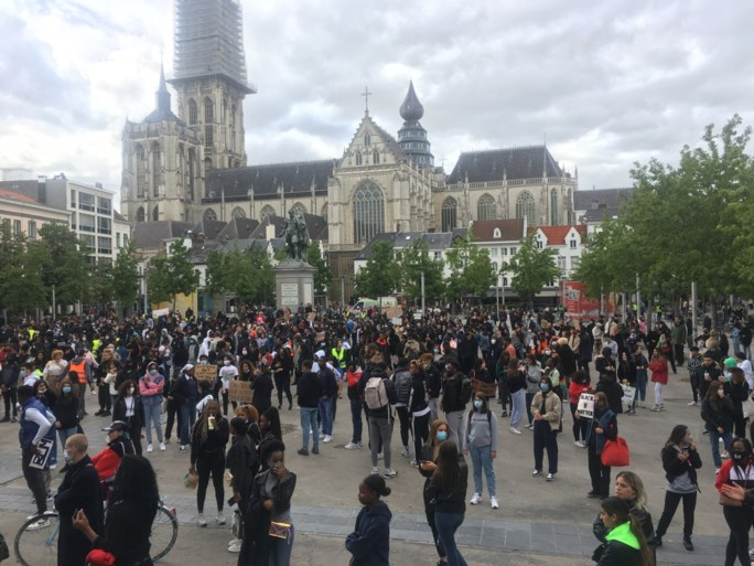 Tot 700 betogers op Black Lives Matter-protest in Antwerpen
