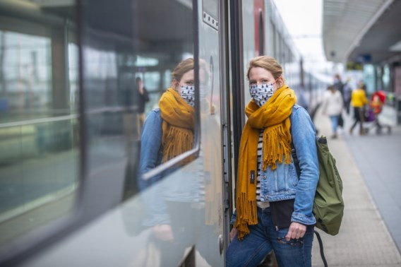 Btw-verlaging voor horeca, cadeaucheque van 300 euro en tien gratis treinritten: dit heeft de superkern beslist
