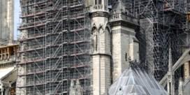Notre-Dame breekt de stellingen af