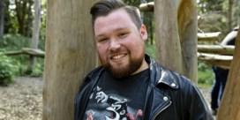 Aandrijving rolstoel William Boeva gestolen: 'Een laffe daad'