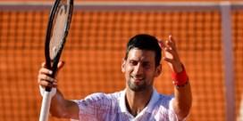 Novak Djokovic verslaat voor eigen volk ook Alexander Zverev op Adria Tour