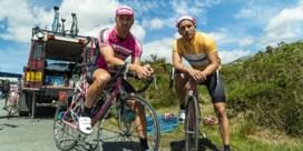 Eerste beelden van Matteo Simoni en Louis Talpe als wielrenners