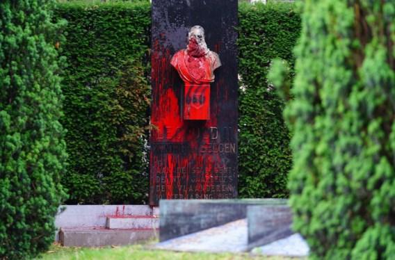 Gent haalt standbeeld Leopold II weg