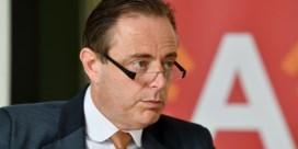 De Wever: 'Politiecontroles moeten vriendelijk en correct verlopen'