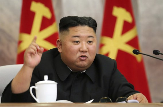 Kim Jong-un stopt plannen militaire actie tegen zuiden in koelkast
