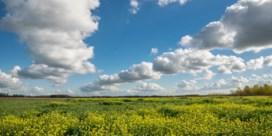 Hoe ontstaan langgerekte wolken?