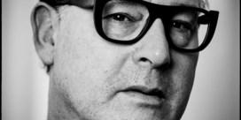 Peter Verhelst: 'We nemen het zwakkeren kwalijk dat ze ons verzwakken'